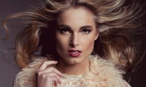 Chloe_Miss_Nederland
